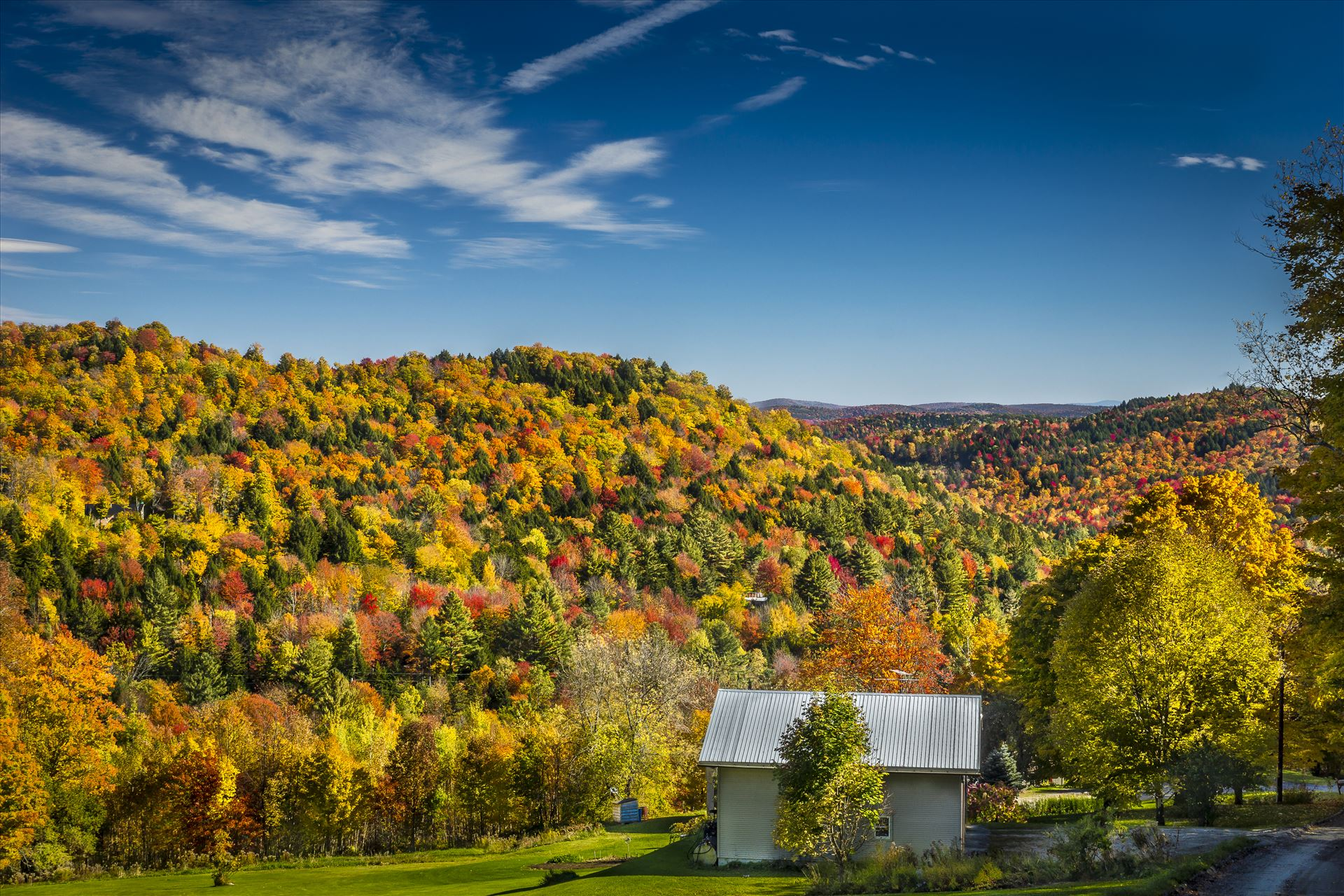 Bethel, Vermont - Scenic Foliage in Bethel, Vermont by Buckmaster
