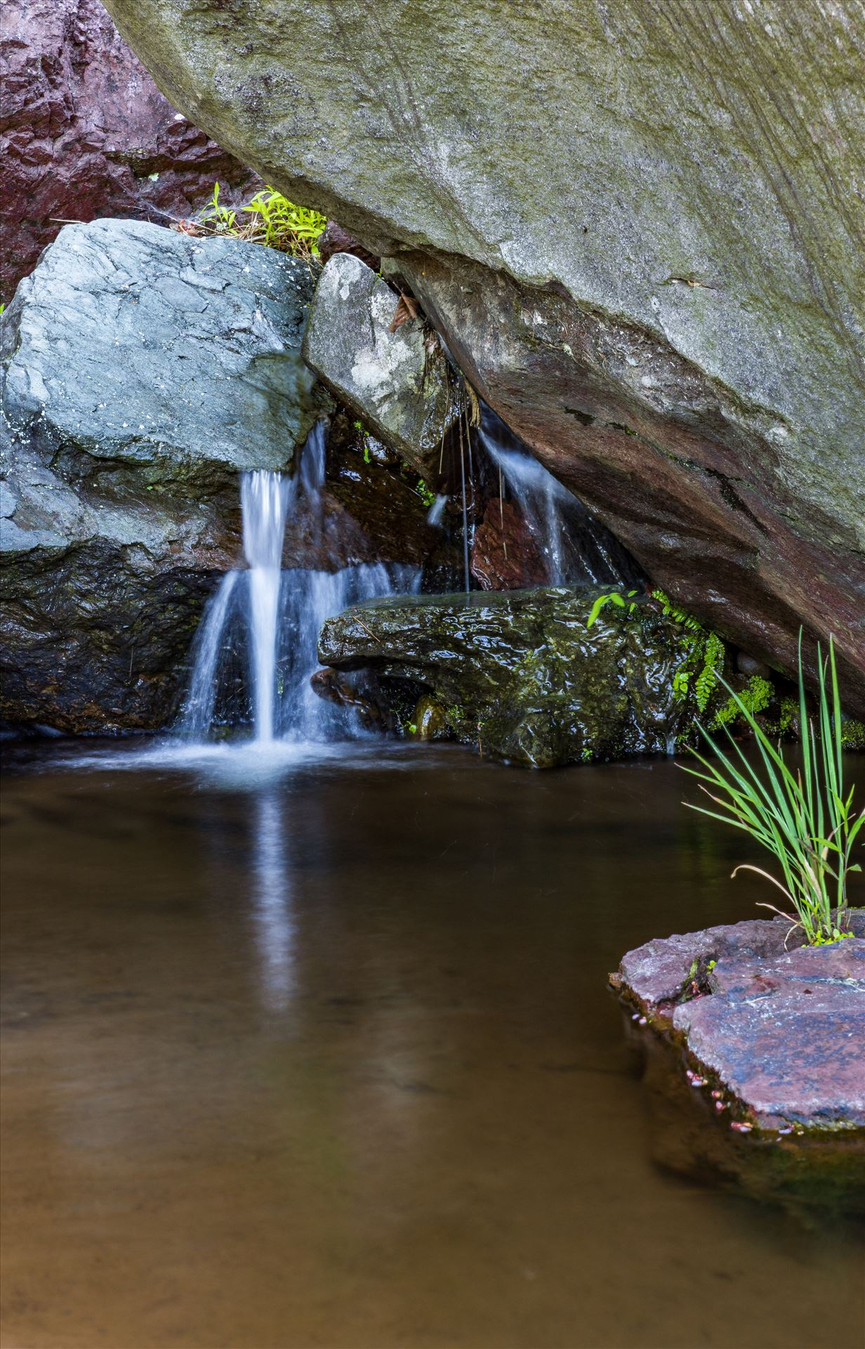 Minature .jpg - Small Falls by Buckmaster