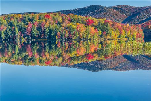 Vermont Lake in Beautiful Fall Colors