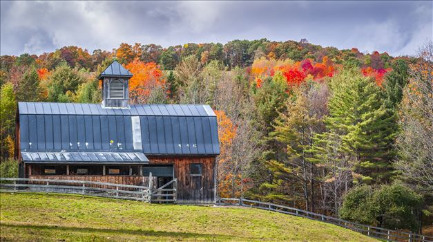 Vermont Horse Barn - Vermont Horse Barn in October Foliage